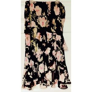 Chaps multi layered floral  mid length skirt